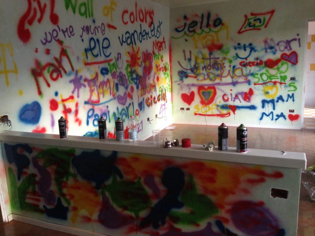 murales sui muri da abbattere