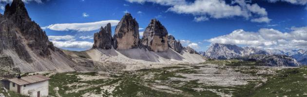 tre cime di Lavaredo viste dal rifugio Locatelli