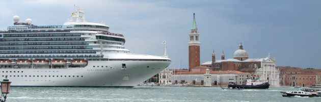 Grandi navi a Venezia - foto di Dan Davison